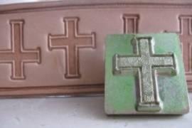 Punzierstempel Kreuz - Bild vergrößern